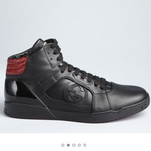 Men's black leather and red Gucci sneakers